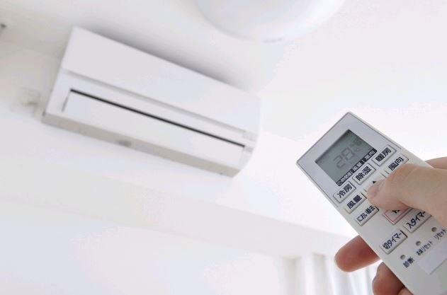 エアコンを隠ぺい配管にすると、どんなメリット・デメリットがあるの?