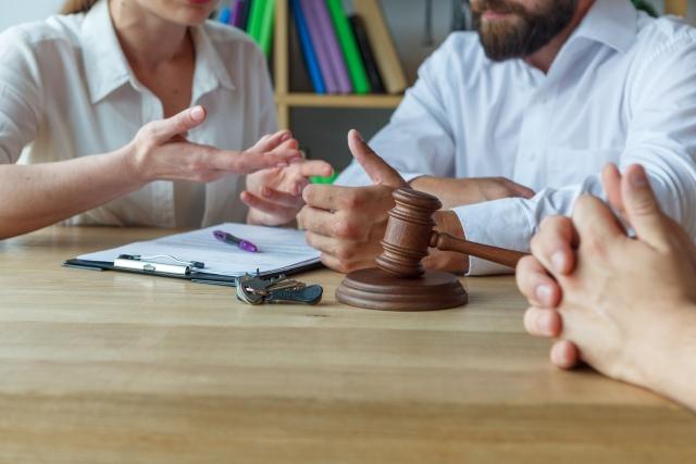 離婚したら債務返済、共有不動産の処理、不動産の売却はどうなる?
