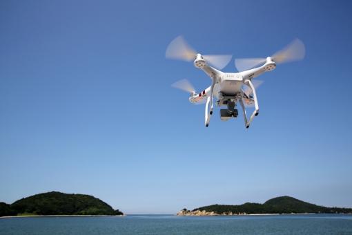 ドローン(小型無人機)を活用したインスペクションの普及に向けて ドローンの所有者に登録義務付け(200グラム以上)