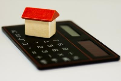 住宅購入と出産が重なると何かと大変です